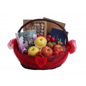 Deluxe Japanese Fruit and Dried Seafood Wedding Hamper